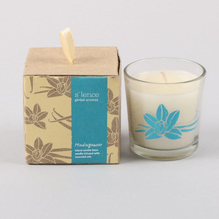 Small madagascar vanilla bean candle | TradeAid