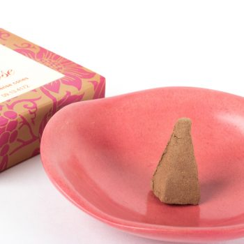 Pack of 10 rose incense cones | Gallery 2 | TradeAid