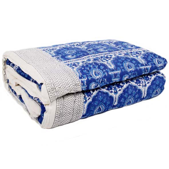 King quilt with blockprinted ornate design | TradeAid