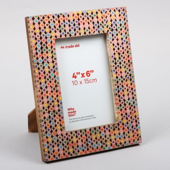 Coloured pencil photo frame | TradeAid
