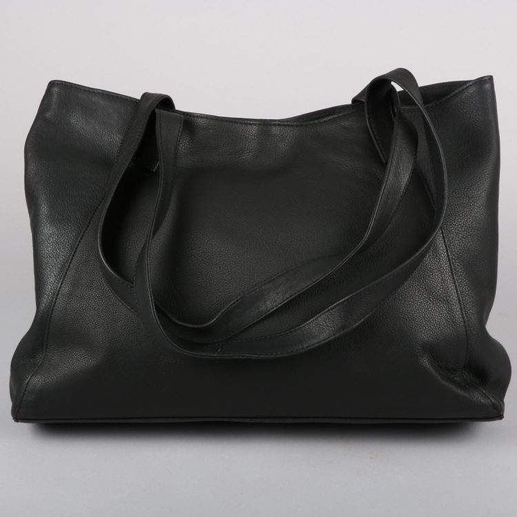 Black leather tote bag | Gallery 1 | TradeAid