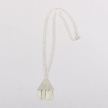 Triangle flutter necklace | TradeAid