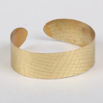 Brass textured cuff   TradeAid