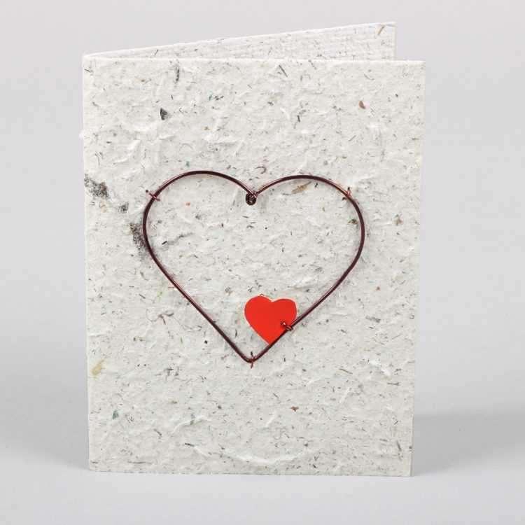 Card with wire heart | TradeAid