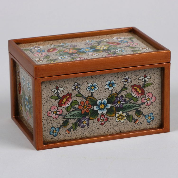 Glass box with floral design | TradeAid