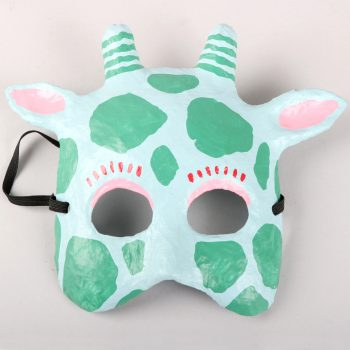 Giraffe mask | TradeAid