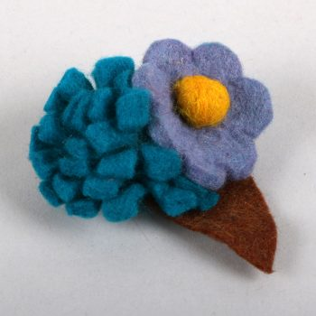 Felt bouquet brooch | TradeAid