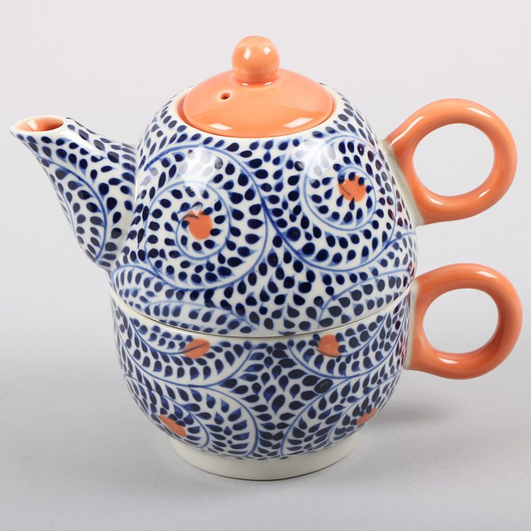 Blue spiral teapot and cup set | TradeAid