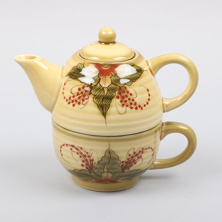 Green and red floral teapot with mug | TradeAid