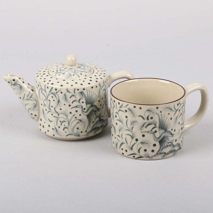 Crane teapot and cup | Gallery 1 | TradeAid