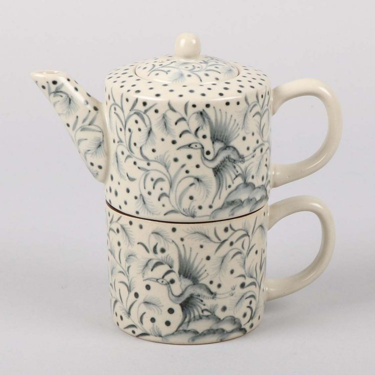 Crane teapot and cup | TradeAid