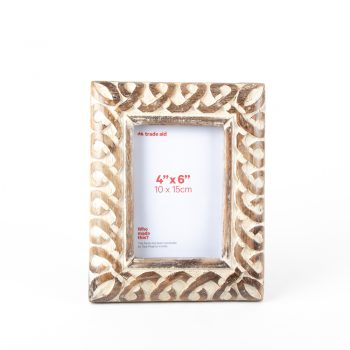 Mangowood floral frame | TradeAid