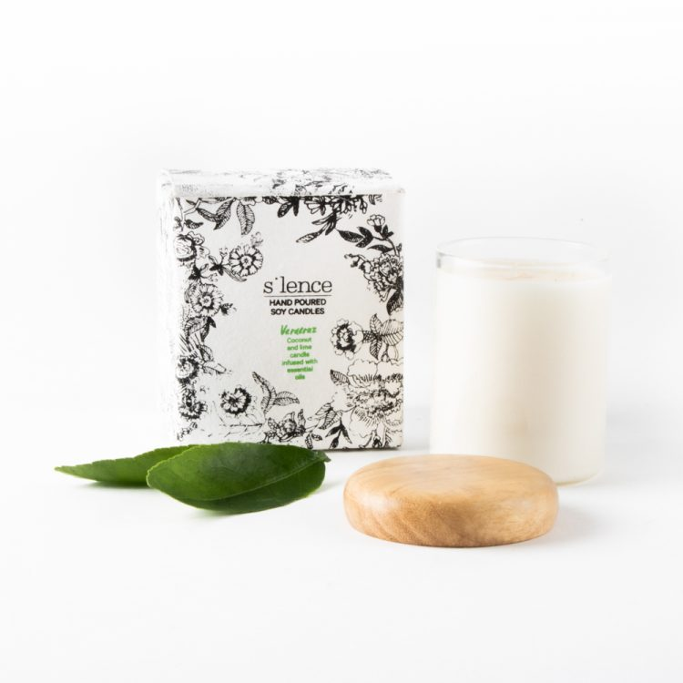 Veracruz coconut and lime soy candle | Gallery 1 | TradeAid