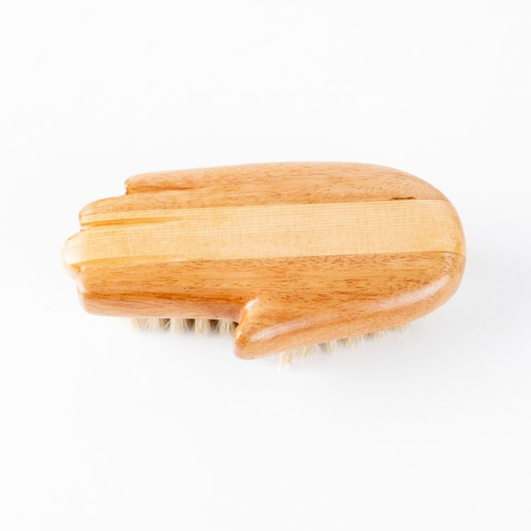 Hand hair brush | Gallery 1 | TradeAid