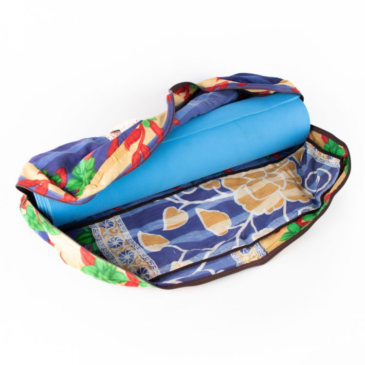 Recycled sari yoga bag | Gallery 1 | TradeAid