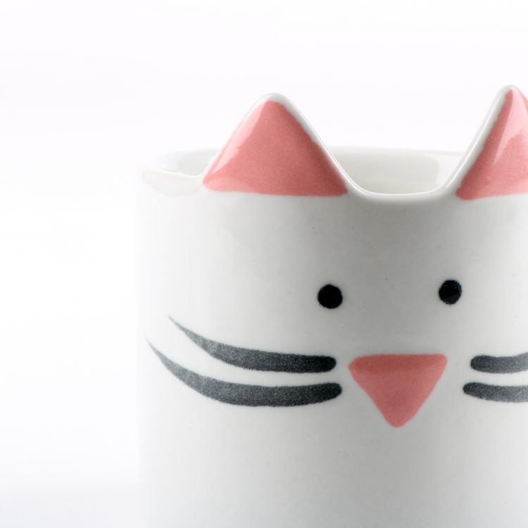 Mini cat planter white | Gallery 2 | TradeAid