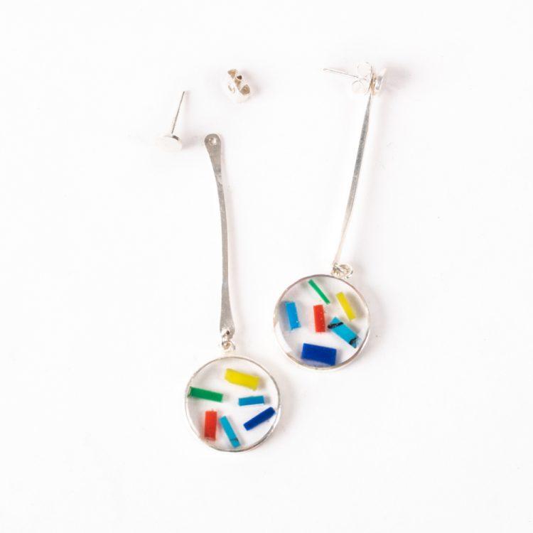 Resin disc drop earrings | Gallery 1 | TradeAid