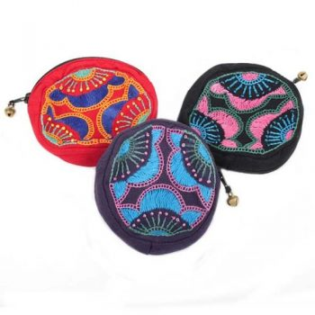 Floral embroidered coin purse | TradeAid
