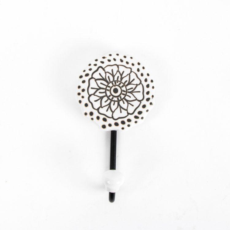 Flower hook | Gallery 1 | TradeAid