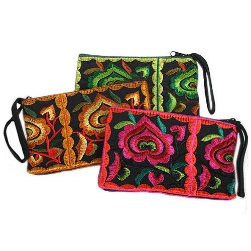 Embroidered purse | TradeAid