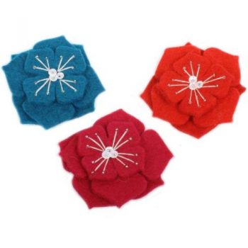 Felt and bead flower brooch | TradeAid