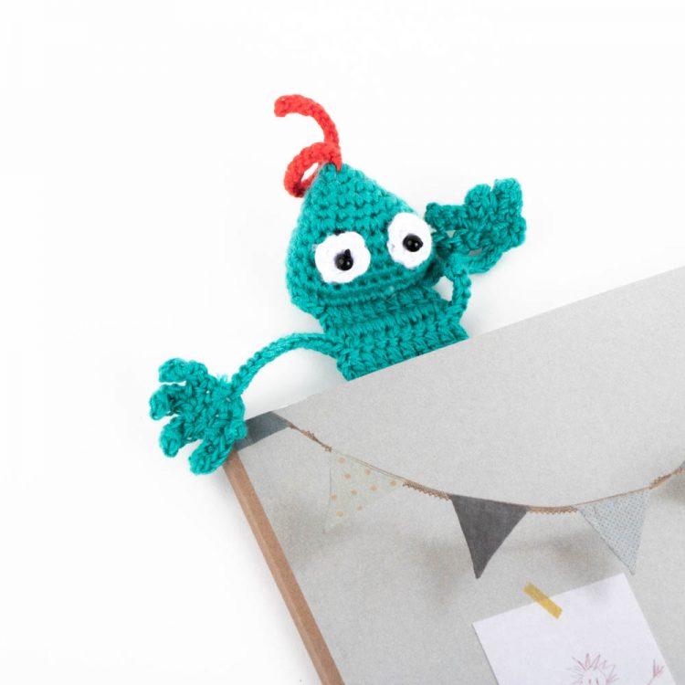 Blue lizard bookmark | Gallery 1 | TradeAid