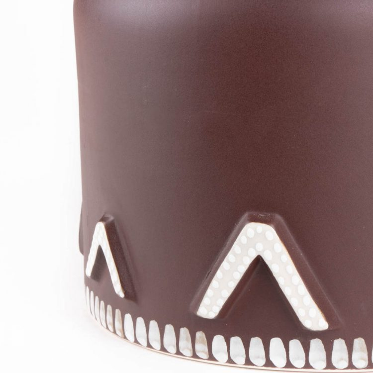 Brown lacquer vase | Gallery 2 | TradeAid