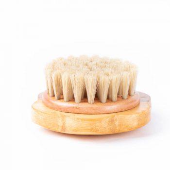 Wooden flower hair brush | TradeAid