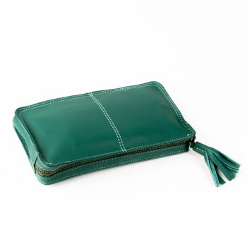 Green purse with tassel | TradeAid