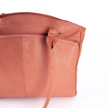Rose coral leather shoulder bag | Gallery 2 | TradeAid