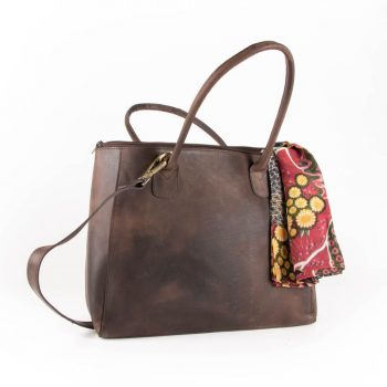 Hunter leather trapezoid bag | TradeAid