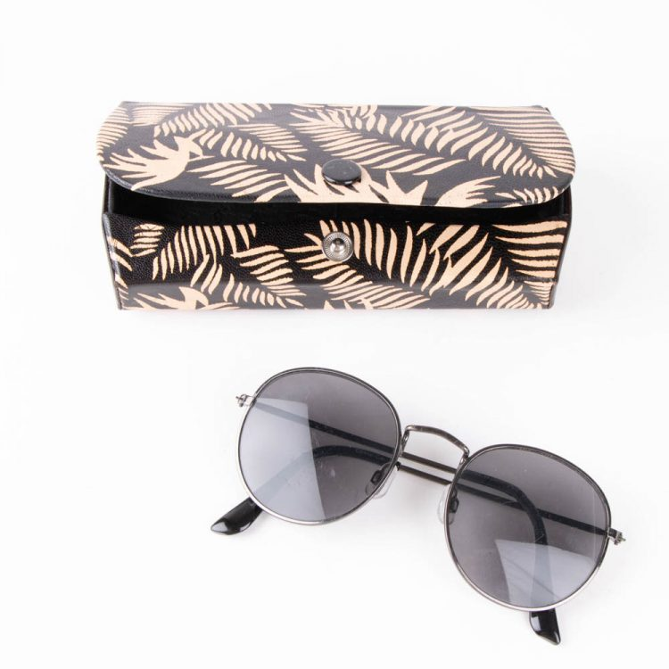Black fern spectacle case | TradeAid
