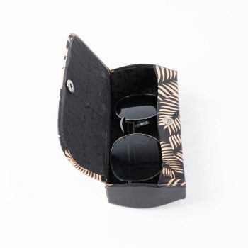 Black fern spectacle case | Gallery 1 | TradeAid