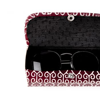 Spectacle case | Gallery 2 | TradeAid