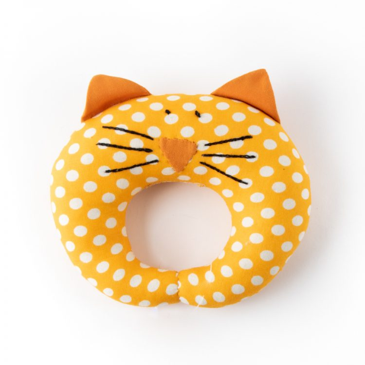 Cat rattle | TradeAid