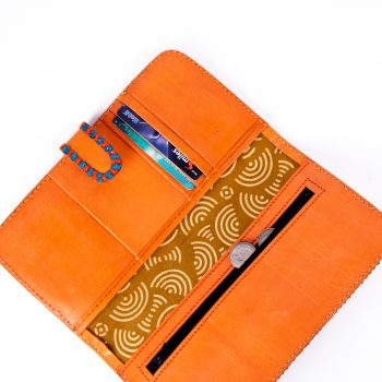 Mushru and leather wallet | Gallery 2 | TradeAid