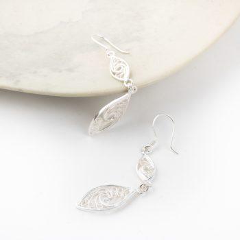Filigree drop earrings   Gallery 1   TradeAid