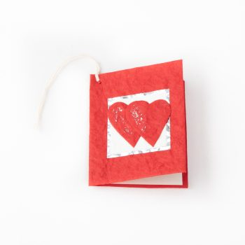 Mini hearts gift tag | TradeAid