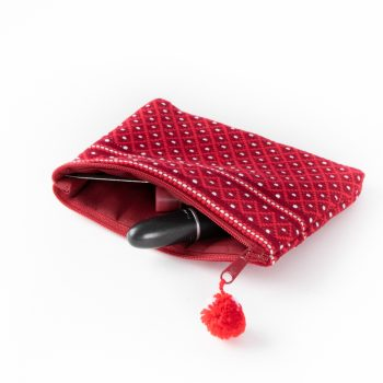 Red woven coin purse | Gallery 1 | TradeAid