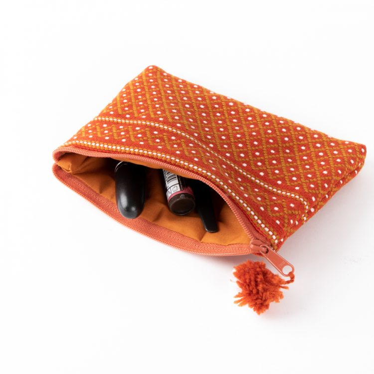 Burnt orange woven coin purse | Gallery 1 | TradeAid