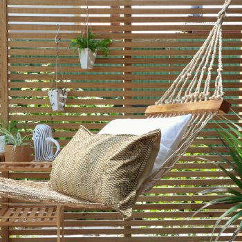 Jute shapla hammock with wooden bars | TradeAid