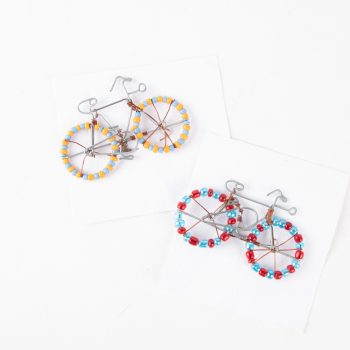 Beaded bicycle brooch | TradeAid