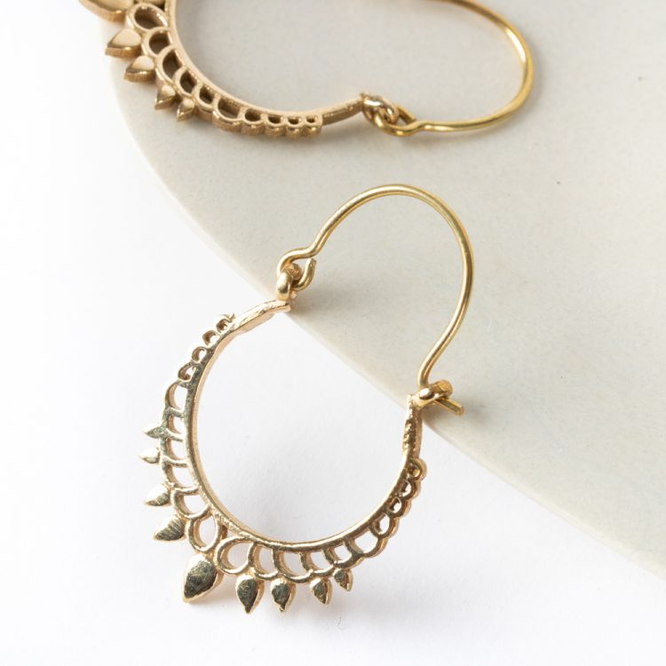 Jali crown earrings | Gallery 2 | TradeAid