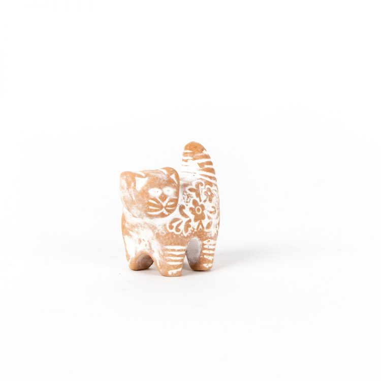 Small white cat | Gallery 1 | TradeAid