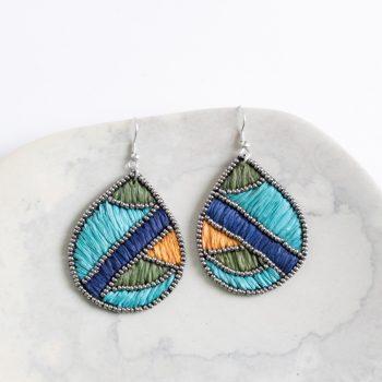 Raffia and bead earrings | TradeAid