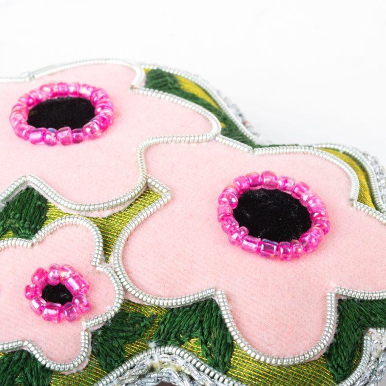 Mānuka flower decoration | Gallery 1 | TradeAid