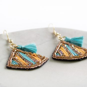Shades of the desert earrings | Gallery 1 | TradeAid