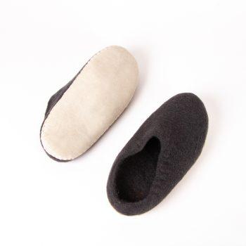 Charcoal felt slipper | Gallery 2 | TradeAid
