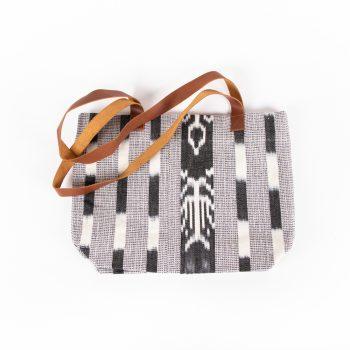 Black and white shoulder bag | TradeAid