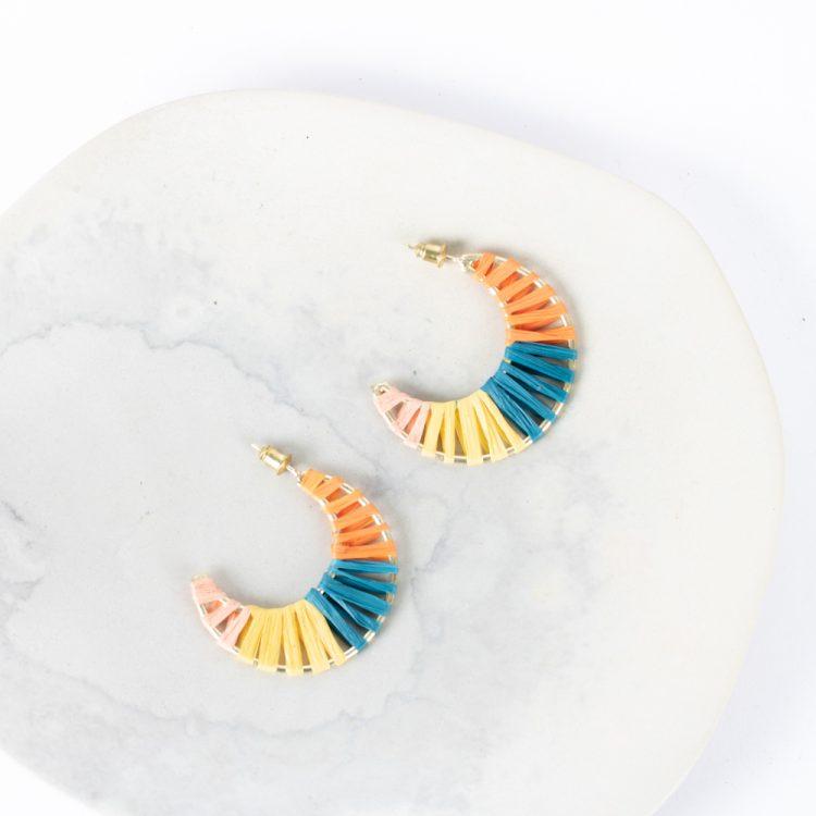Raffia moon earrings | Gallery 1 | TradeAid